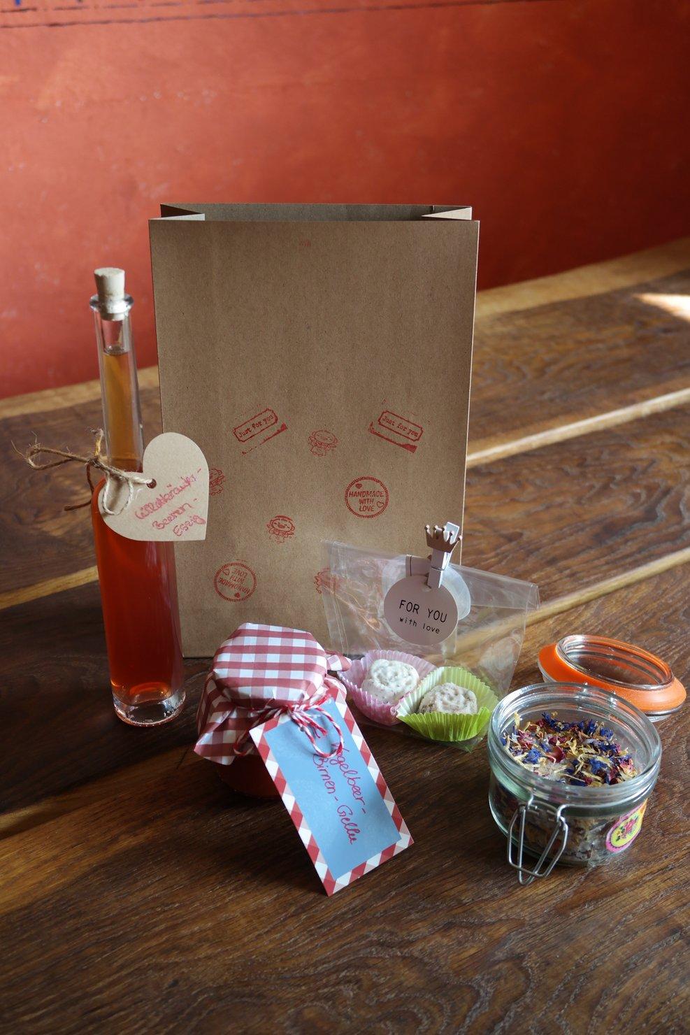 Kräuterwerkstatt – Weihnachtsgeschenke aus der (Kräuter-) Küche